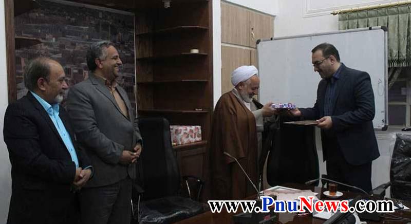 علیرضا پاک گوهر به عنوان رییس دانشگاه پیام نور میبد منصوب شد